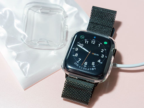 <Apple Watch 44mmケース装着>